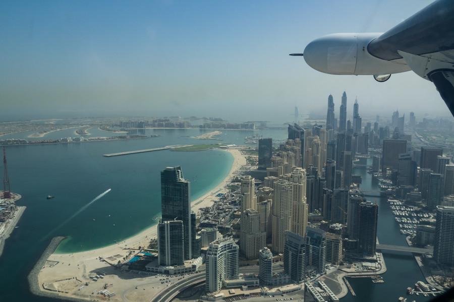Вертолетная экскурсия над Дубаем