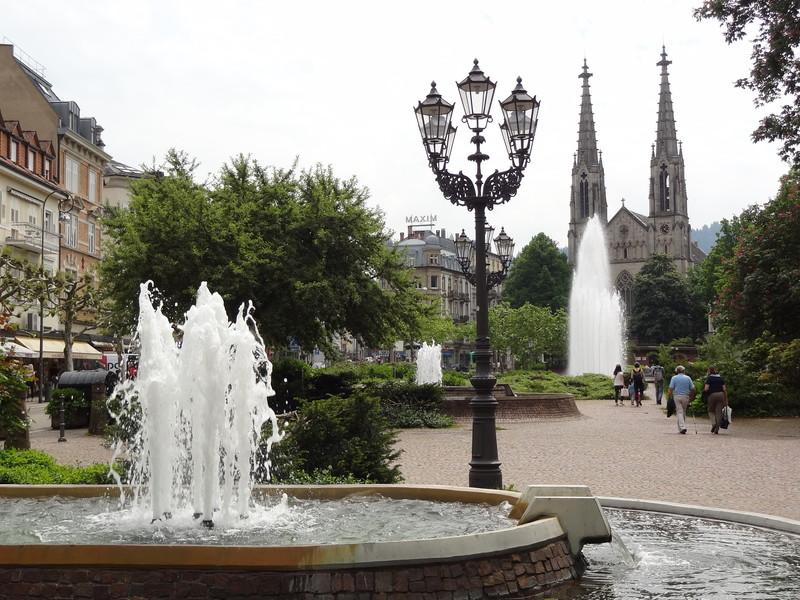 Город-курорт Баден-Баден на берегу Ос