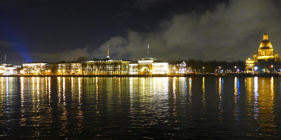Санкт-Петербург в последних числах октября