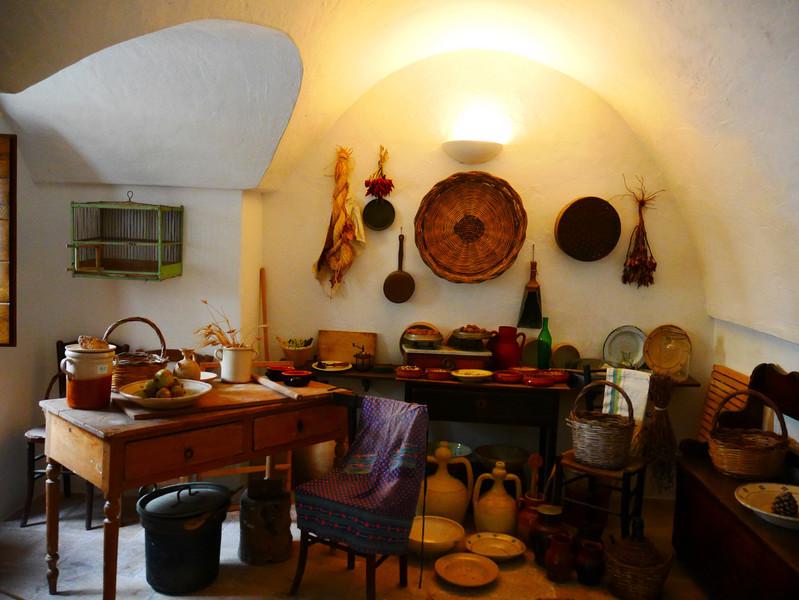 Альберобелло - город труллов. Продолжение путешествия по Югу Италии
