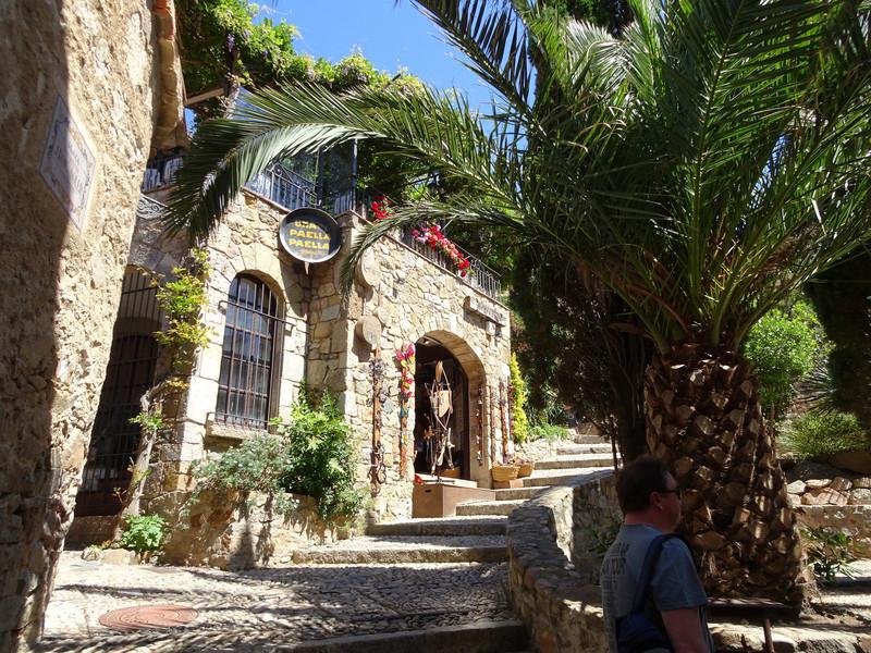 Тосса-де-Мар - одно из самых живописных мест Коста-Бравы