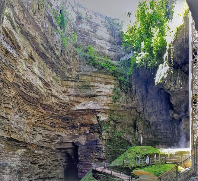 Пещеры Падирака