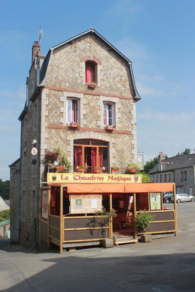 Монконтур - коммуна во Франции в регионе Бретань