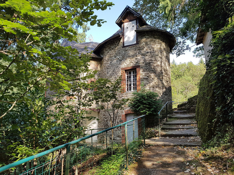 Коммуна Жимель-ле-Каскад и живописная природа
