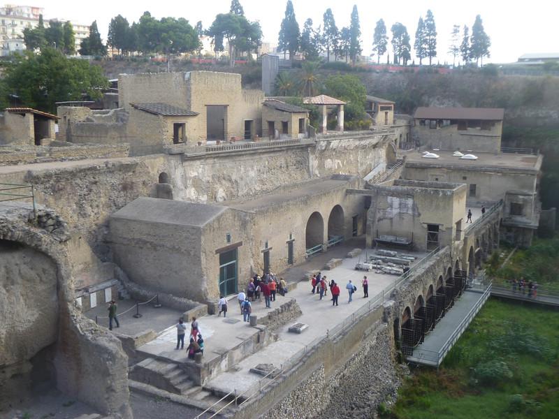 Древнеримский город Геркуланум, погибший при извержении вулкана Везувий