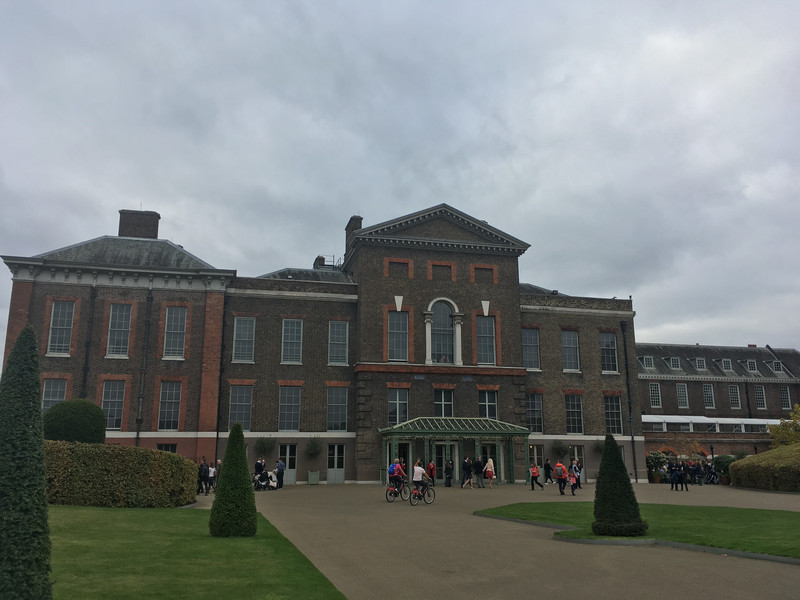 Кенсингтонский дворец. Официальная резиденция английских королей