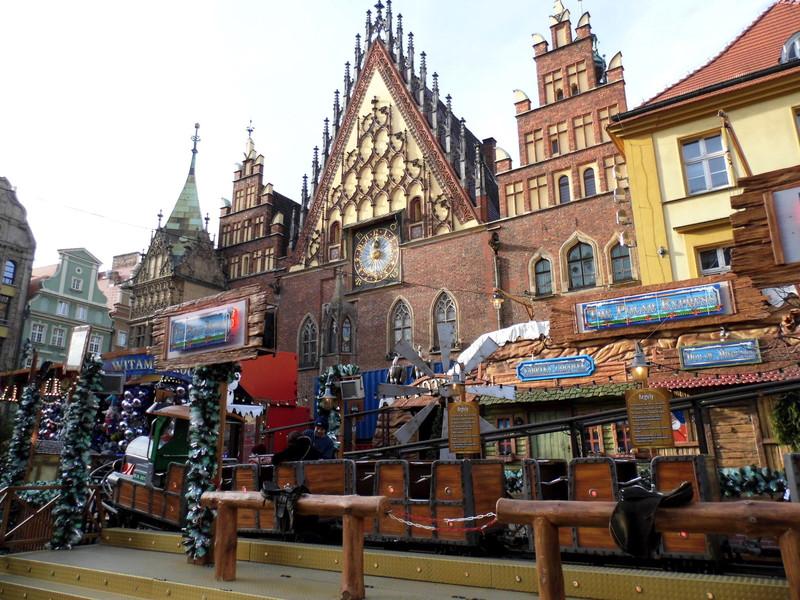 Рождественский рынок во Вроцлаве