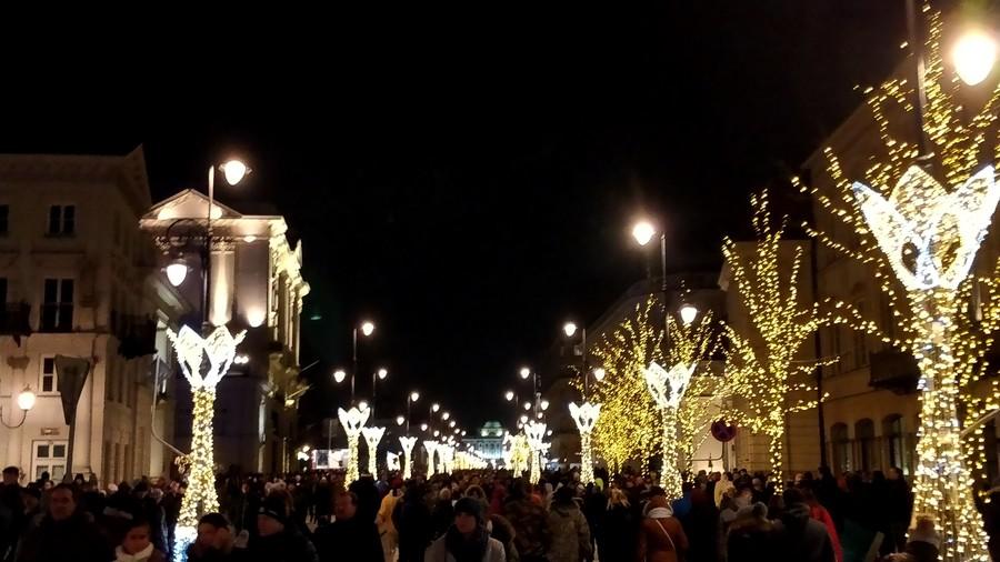Народные гуляния в Варшаве