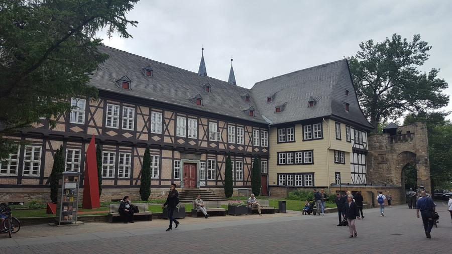 Немецкий город Гослар у подножия Гарца