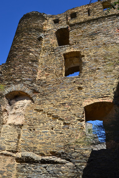 Замок Рейнфельс