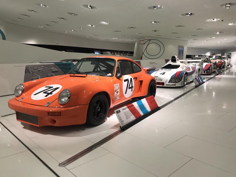 Посещение музея Порше в Штутгарте
