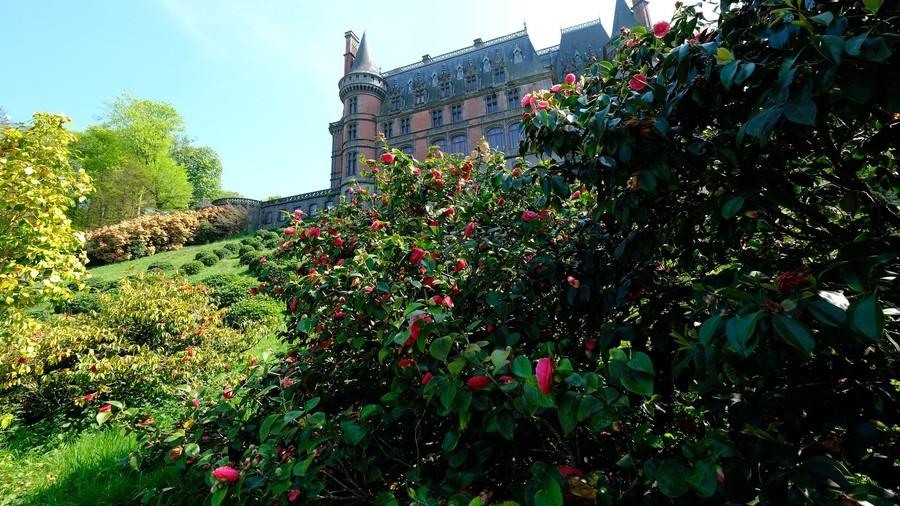 Дворец, парк и сады Треварез. Бретань. Франция