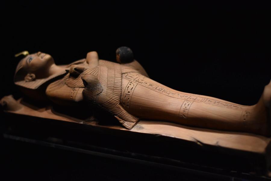 Выставка сокровищ из гробницы Тутанхамона в лондонской галерее Саатчи