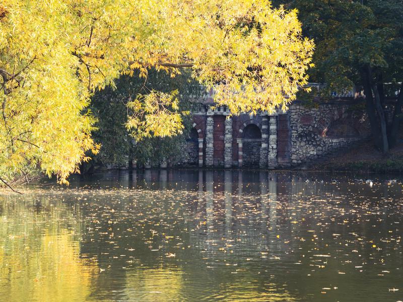 Грот Растрелли. Лефортовский парк