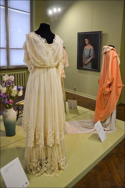 """Выставка """"Югендстиль и мода"""" . Калининградский музей изобразительных искусств."""