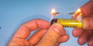 Make-Fire-Using-Gum-And-A-Battery