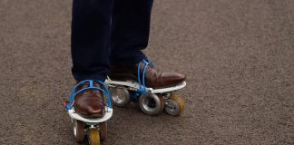 These-Smart-Skates-Make-Walking-a-Breeze