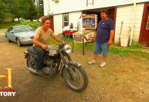 American-Pickers-TRIUMPH-MOTORCYCLE-AMPS-MIKE-UP-Season-3-History